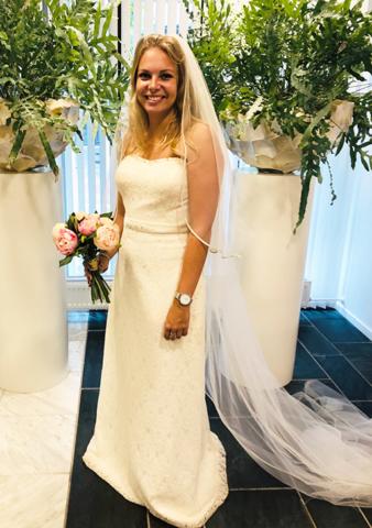 Trouwjurken passen zonder echt trouwen